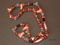 Schmuckset aus Halskette und Ohringen.    Besteht aus folgender *Farb- und Materialkombination*:   - selbstgefertigten Polymer Clay-Perlen im Zebraloo