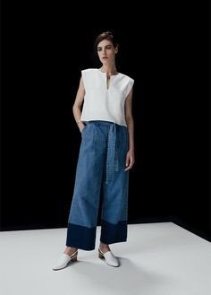 Denim Pants NSCO, Duo Top in White NEED, Williamsburg in Calf White Anne Thomas, Mila Cuff No. 2 Bracelet, Ave Necklace Coyote Negro
