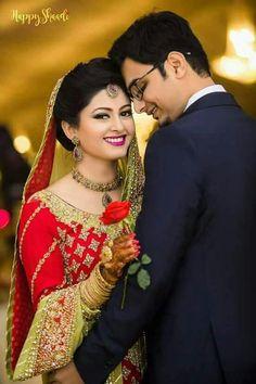 Marriage Poses, Bridal Photoshoot, Romantic Couples, Love Birds, Sari, Couple Photos, Fashion, Saree, Couple Shots