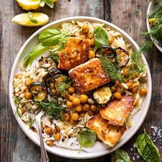 This Crispy Lemon Feta with Spiced Chickpeas and Basil Orzo is an easy meatless meal for any night of the week.a touch indulgent, but yet healthy too! Veggie Recipes, Vegetarian Recipes, Dinner Recipes, Cooking Recipes, Healthy Recipes, Snack Recipes, Veggie Food, Cooking Tips, Feta