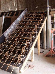 Detalle de acero y encofrado de escaleras