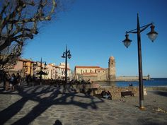 Beach and harbour in Collioure, France. 36 hour stopover in Collioure, France: here are some sites to see. http://www.francetraveltips.com/36-hour-stopover-collioure/