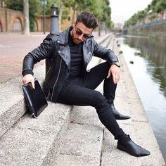 #street #streetwear #streetstyle #menswear #streetphotography #photo #photography #men #mensstyle #mensstyle #mensfashion #blogger #fashionblog #lifestyleblogger #followme #follow4follow #followforfollow #like4like #likeforlikes #london #londonlife...