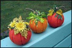 Fall Pumpkin Tutorial - OCCASIONS AND HOLIDAYS - All Holiday crafts, Knitting, Art, sewing, crochet, tutorials, children crafts, jewelry, needlework, swaps, papercrafts, Polymer clay, cooking, Quilting, Video How-To's, and so much more on Craftster.org