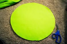 Hester Way: Easy DIY Mike Wazowski Costume Diy Mike Wazowski Costume, Color Pop, Easy Diy, Outdoor Blanket, Diy Projects, Costumes, Dress Up Clothes, Fancy Dress, Handyman Projects