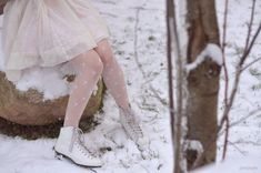 ice skate in the snow♡ Katharina Witt, Princesa Tutu, Princess And The Pauper, I Love Winter, Winter Time, Winter Colors, Ice Skaters, Accesorios Casual, Snow Angels