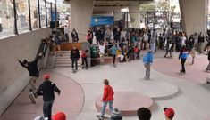 Here's to transforming derelict parts of the city into cool and useful spaces that everyone can enjoy. Check out the Gardens Skate Park in the space below the Mill Street bridge for ramps, slopes, a pipe jam. Skate Center, Under Bridge, Cheap Things To Do, Modern Tv, Street Culture, Diy Entertainment Center, Beach Tops, Skate Park, Cape Town