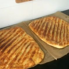 """11.4b Beğenme, 1,085 Yorum - Instagram'da Zeynep 1982 (@zeynolu_tatlar): """"Hayirli aksamlar.Hamur isini kim sevmezk??.Kilo derdimiz olmasa hergun yapip yesek😂😂😂Sizlere cok…"""" Waffles, Breakfast, Food, Instagram, Turkish Language, Morning Coffee, Meals, Waffle, Morning Breakfast"""
