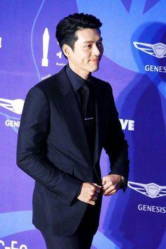 The Baeksang Arts Awards Hyun Bin, Korean Celebrities, Korean Actors, Soul Songs, Asian Love, Kdrama Actors, Fine Men, Dream Guy, Dimples