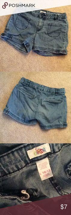 Circo Girls adjustable waist sz 10/12 jean shorts Jean shorts Circo Bottoms Shorts