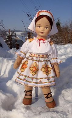 Bábika v čičmianskom kroji / Judith - SAShE. Harajuku, Handmade, Style, Swag, Hand Made, Stylus, Outfits, Arm Work