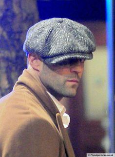 Jason LOOKIN' soooo NICEEEE in that awesome, English cap, omgosh, sweet candy to my eyes.