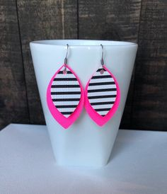 NEON Pink and Black/White stripe Faux Leather Earrings Diy Leather Earrings, Leather Jewelry, Leather Craft, Neon Crafts, Vinyl Crafts, Pink Earrings, Etsy Earrings, Diy Crafts Jewelry, Handmade Jewelry