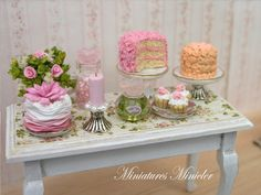 Miniature Dollhouse Goodies And Confectionery Table por Minicler♡ ♡