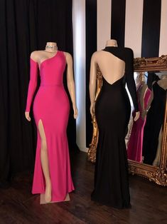 Shop our Ready to Ship Collection of gowns that are in stock and ready to be shipped or ready to be picked up in our store location. These styles are not custom made. *preorder styles are not in stock in store* Available in standard sizes only. Glam Dresses, Hoco Dresses, Elegant Dresses, Cute Dresses, Formal Dresses, Party Dresses, Sequin Gown, Evening Dresses, Creations