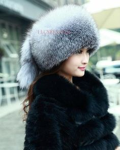 Real Genuine Fully Frost Fox Pelt Fur Women s Mongolian Princess Winter  Warm Hat Bomber Russian Ushanka Cossack Trapper Furry 9be79e7c3aef