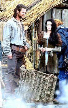 PHOTO: Chris Hemsworth, Kristen Stewart Get Dirty on Snow White Set