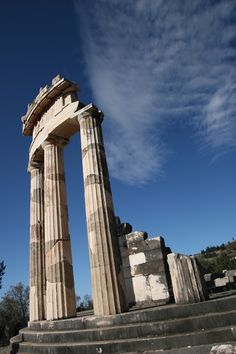 Greece - Temple of Zeus by kerkling Athens City, Athens Greece, Miles To Go, Greek History, Destroyer Of Worlds, Cool Photos, Amazing Photos, World Photo, Vacation Places