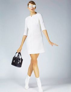 Wedding in Courreges, I love! My favorite dress for a special day Sixties Fashion, Retro Fashion, Vintage Fashion, Adrette Outfits, Preppy Outfits, Couture Mode, Couture Fashion, Style Année 60, 1960s Style