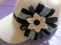 GORRA DECORADA Cloth Flowers, Felt Flowers, Paper Flowers, Baby Apple, Baby Hair Bands, Activities For Girls, Diy Hat, Clothes For Sale, Headbands