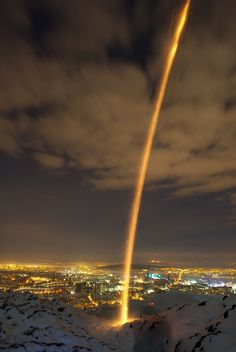Midwinter rocket - RichardX - photography by Richard Cross Arthur's Seat, Classic Image, Edinburgh Scotland, Great Photos, Beautiful Pictures, City, Amazing, Winter, Places