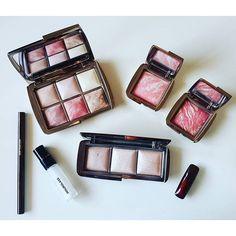 """In love with this brand. #hourglasscosmetics #makeup #makeupblog #ambientlightingedit #dailypost #dailyessential #motd #hourglass #ambientlightingpowder #iconred #instamakeup #ilovemakeup #makeupobsessed #makeupaddict #makeupjunkie #meccabeautyjunkie #beautyflatlay"" Photo taken by @sandra_pang on Instagram"