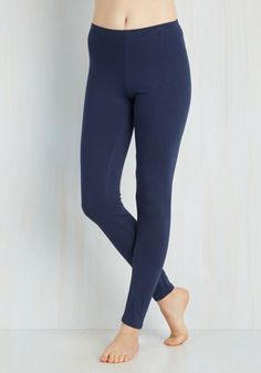 Simple and Sleek Leggings in Navy - Jersey, Knit, Blue, Solid, Skinny, Variation, Casual, Basic, 90s, Top Rated, Minimal, Spring, Summer, Fall, Best Seller, Low-Rise, Ankle