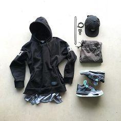 or: #WDYWTgrid by @jm_kickz #mensfashion #outfit #ootd : #BeenTrill #Onthebyas : #Bullhead : #Nike #AirJordan 4