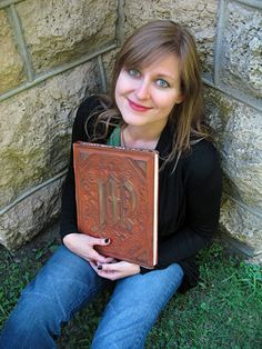 awesome handmade spellbook with tutorial!  Witch witchy craft inspiration pagan wiccan