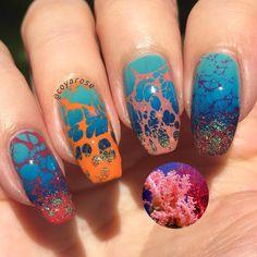 Coral reef water marble nails nail art