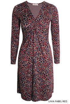 Livia Fabel Red von KD Klaus Dilkrath #liviadress #dress #fabel #red #dots #flowers #kdklausdilkrath #fashion #colorful #kdklausdilkrath #kd #dilkrath #kd12 #outfit
