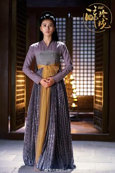 Lost Love in Times/ Zui Ling Long 《醉玲珑》 - William Chan Wai-ting, Liu Shi Shi, Han Xue, Han Dong, Xu Hai Qiao, Huang Meng Ying Traditional Gowns, Ancient Beauty, Chinese Clothing, Hanfu, Historical Clothing, Asian Fashion, Pretty Outfits, Asian Beauty, Drama