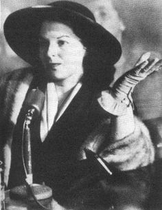 """In Virginia Hill was subpoenaed to testify before the Kefauver hearings where she denied having any knowledge of organized crime despite being described by Time magazine in March of that year as the """"queen of the gangsters' molls"""" Bugsy Siegel, Channel Bags, Virginia Hill, Jackie Gleason, Mafia Gangster, Be Kind To Everyone, Al Capone, The Girlfriends, Jesse James"""