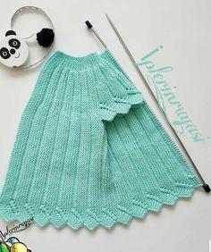 emeğe karşı beğeni ve yorumlarınızı eksik etmeyin lütfen 🙈🙈 photo:. Crochet Baby Sweaters, Baby Cardigan Knitting Pattern, Baby Girl Sweaters, Knitted Baby Cardigan, Baby Pullover, Easy Knitting Patterns, Knitting For Kids, Lace Knitting, Knitting Stitches