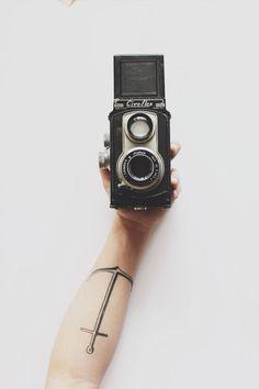 Cameras and accessories. Free shipping: http://dailyshoppingcart.com/cameras