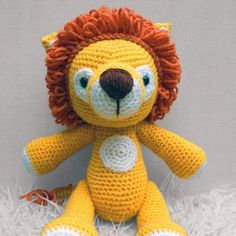 Lenny Lion amigurumi pattern by Janine Holmes at Moji-Moji Design
