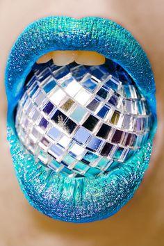 Makeup Art, Lip Makeup, Lizzie Hearts, Roller Disco, Lipstick Art, Blue Lipstick, Orange Lips, Lipgloss, Lipsticks