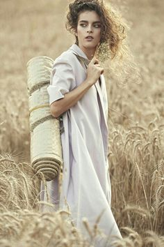 Timeless Beauty, Timeless Fashion, Outdoor Photography, Fashion Photography, Portrait Photography, Fields Of Gold, Field Of Dreams, Wheat Fields, Farm Life