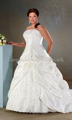 Plus size #weddingdresses 2013 - Find more like this at http://www.myweddingconcierge.com.au