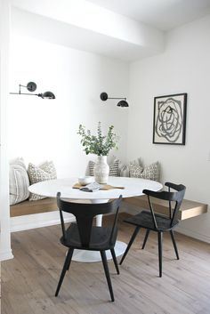 The Best Small Apartment Dining Room Ideas Dining Room Design Apartment Dining Ideas Room Small Dining Room Walls, Dining Room Design, Bench Seat Dining Room, Built In Dining Room Seating, Living Room, Ikea Dining Room, Corner Seating, Banquette Seating, Small Dining Area