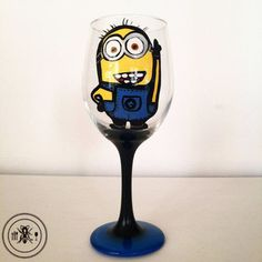 Minion Wine glass - 20 oz