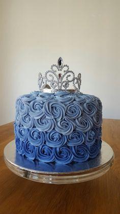 Ombrè rosette cake
