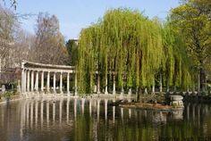 Park @ Monceau in Paris, France