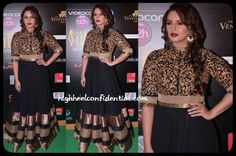 The stunning Huma Qureshi hitting high glamour at the IIFA Awards with this charcoal black and gold outfit by SVA.