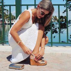IT VALENTINA MIDI GOLD sandals by @itshoes #itgirls #style #itshoes #fashioninspiration #goldsandals #sandals #workinglooks #summer #sunnydays #beach