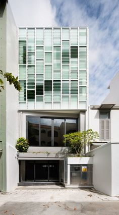 The Pool Shophouse by FARM and KD Architects (12)