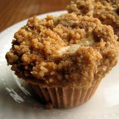 pumpkin cream cheese muffins with spiced crumb topping