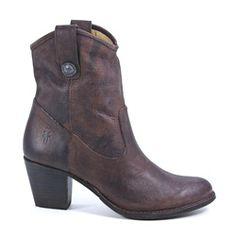 Frye Jackie Button Ankle Boot #shophollyandbrooks