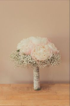 Real peony and gypsophila wedding bouquet: can be created wi.- Real peony and gypsophila wedding bouquet: can be created with long-lasting intr - Gypsophila Wedding Bouquet, Bride Bouquets, Bridesmaid Bouquets, Purple Bouquets, Brooch Bouquets, Flower Bouquets, Rustic Wedding, Our Wedding, Dream Wedding