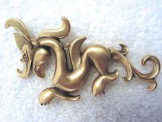 Dragon Foo Dog Pin / Pendant MMA Metropolitan Museum NY Gold Tone --Mint! #MMANYMetropolitanMuseum